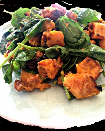 Obrok salata od bundeve i spanaća