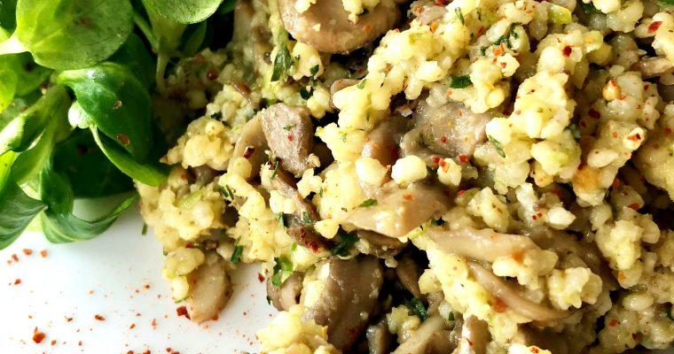 Topla salata od prosa, pečuraka i praziluka